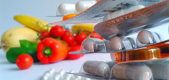 비타민 C+항생제로 암세포를 파괴한다?